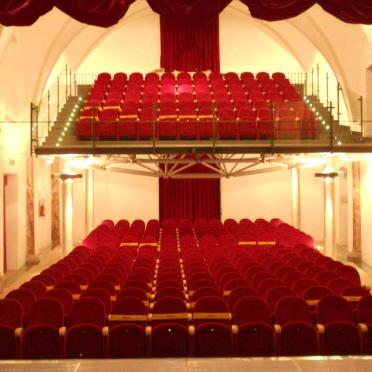 Teatro Comunale di San Lorenzo in Banale