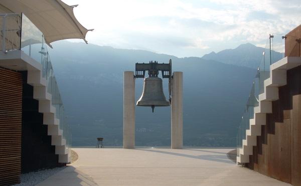 Campana-dei-caduti-Rovereto-monumento