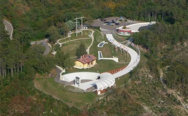 Campana-dei-caduti-Rovereto-vista-dall'alto
