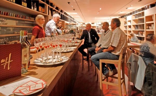 Cantina-Hosteria-Toblino-Sarche-bar