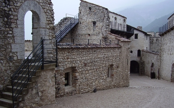 Castel-Beseno-Besenello-interno
