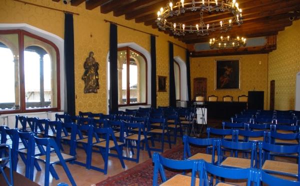 Castel-Ivano-di-Fracena-sala-della-musica