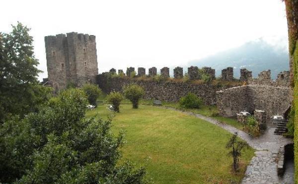 Castel-Pergine-cortile