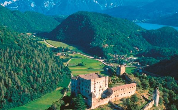 Castel-Pergine-vista-dall'alto