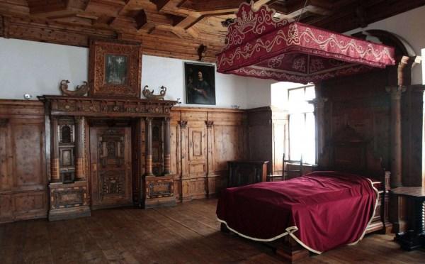 Castel-Thun-Vigo-di-Ton-camera-del-vescovo