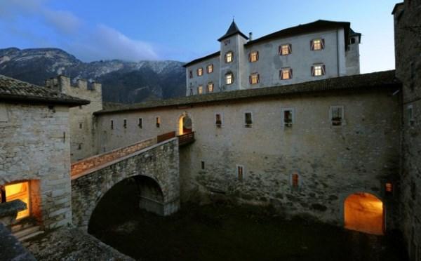 Castel-Thun-Vigo-di-Ton-ingresso