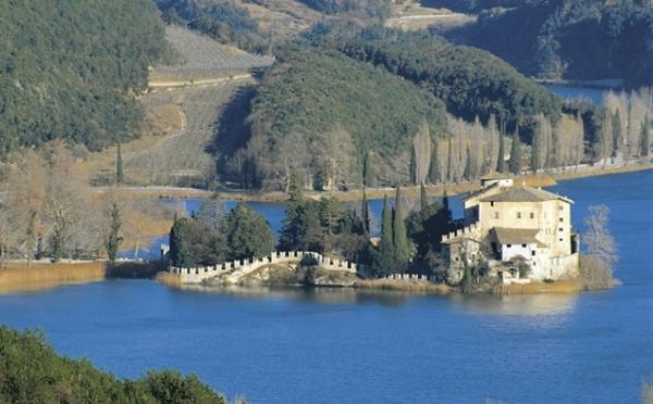 Castel-Toblino-Lago-di-Toblino-esterno