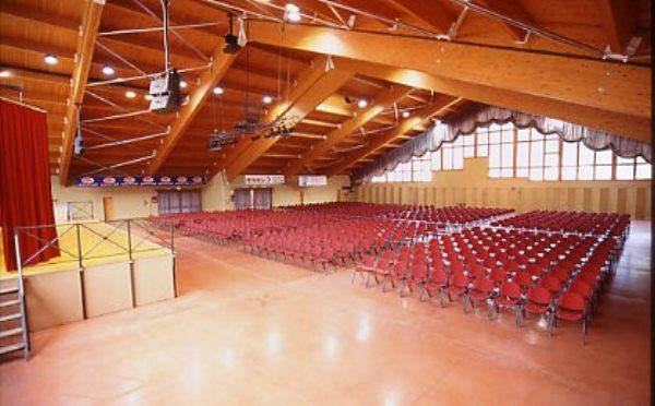 Centro-congressi-Andalo-sala-conferenze