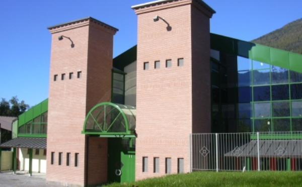 Centro-congressi-Palalevico-Levico-Terme-ingresso