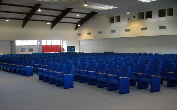 Centro-congressi-Palalevico-Levico-Terme-sala-conferenze
