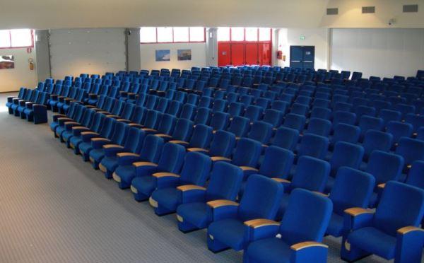 Centro-congressi-Palalevico-Levico-Terme-sala-conferenze2