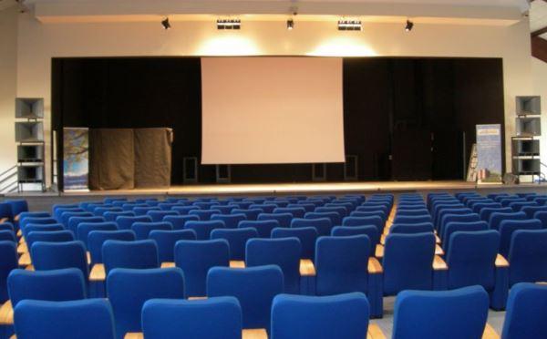 Centro-congressi-Palalevico-Levico-Terme-sala-conferenze3