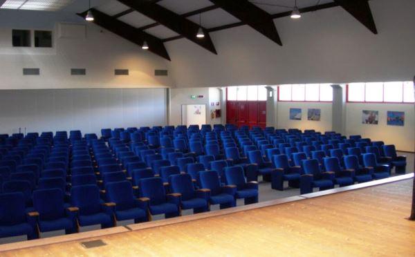Centro-congressi-Palalevico-Levico-Terme-sala-conferenze4