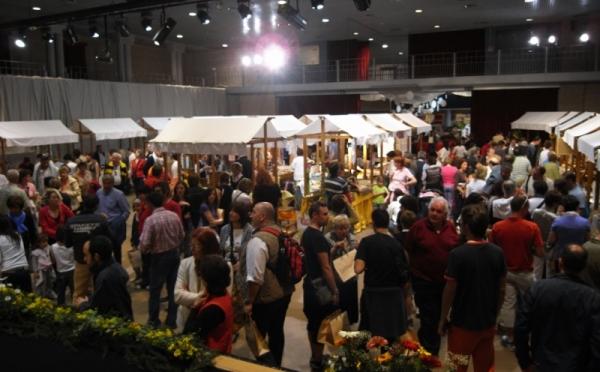 Centro-congressi-Palanaunia-Fondo-evento3