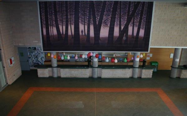 Centro-congressi-Palanaunia-Fondo-foyer
