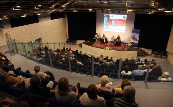 Centro-congressi-Sass-Maor-San-Martino-platea