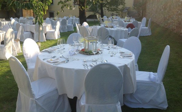 Dimora-storica-Palazzo-Lodron-Nogaredo-allestimento-tavoli2
