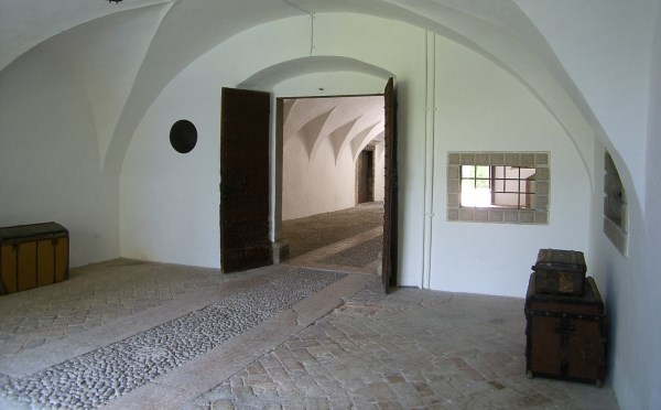 Dimora-storica-Palazzo-Lodron-Nogaredo-spazi-interni2