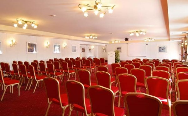 Golf-Hotel-Folgaria-Sala-meeting