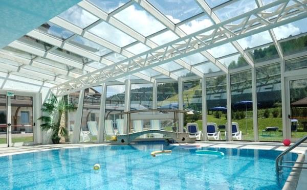 Golf-Hotel-Folgaria-piscina