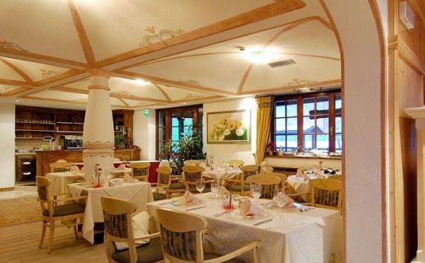 Golf-Hotel-Folgaria-ristorante2