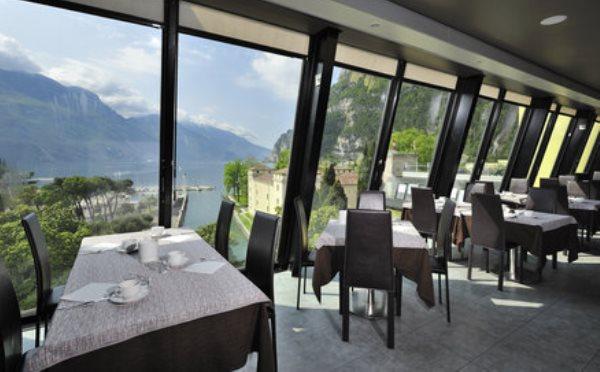 Grand-Hotel-Riva-sala-da-pranzo