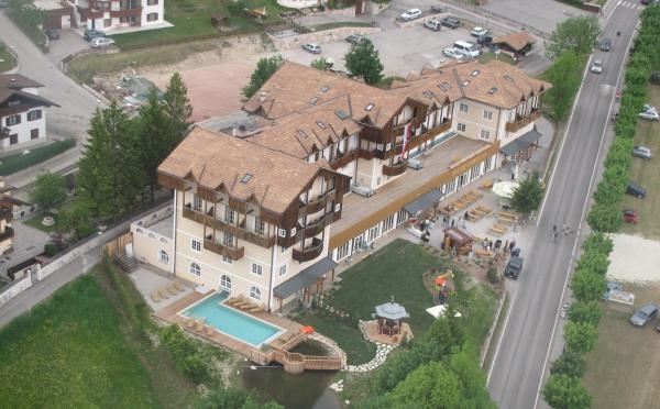 vista hotel da elicottero