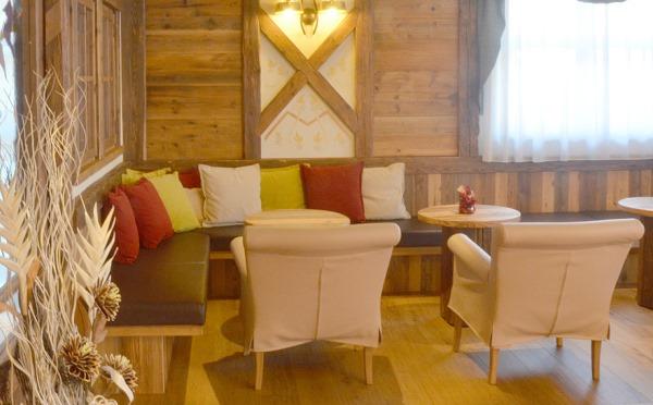Hotel-Alpholiday-Dolomiti-Dimaro-spazi-comuni