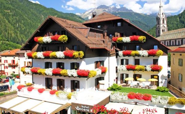 Hotel-Ancora-Predazzo-esterno