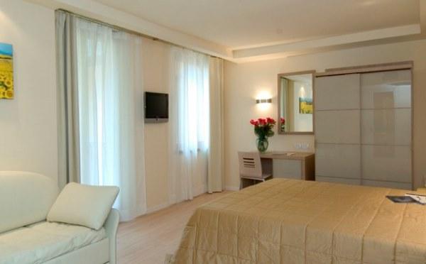 Hotel-Antico-Borgo-Riva-camera3