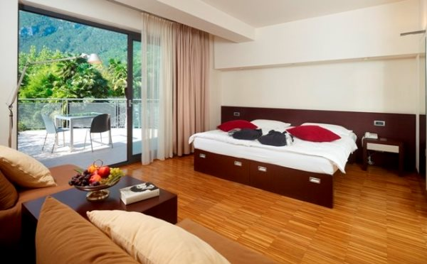 Hotel-Astoria-Riva-del-Garda-camera-da-letto