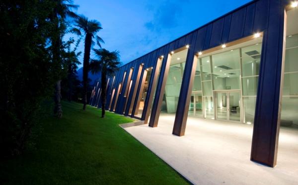 Hotel-Astoria-Riva-del-Garda-esterno-sale-congressi