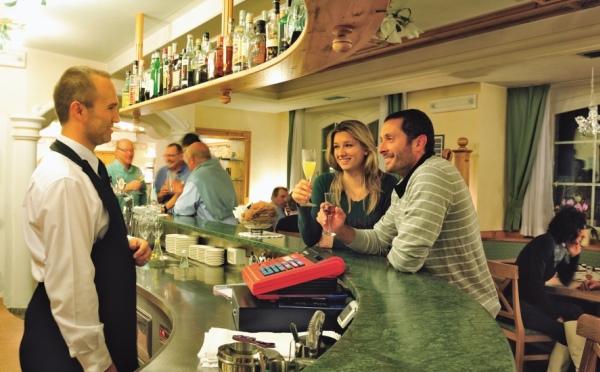 Hotel-Bellavista-Cavalese-bar