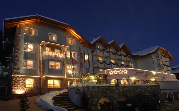 Hotel-Bellavista-Cavalese-esterno-di-notte