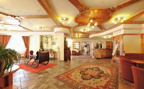 Hotel-Bellavista-Cavalese-spazi-comuni