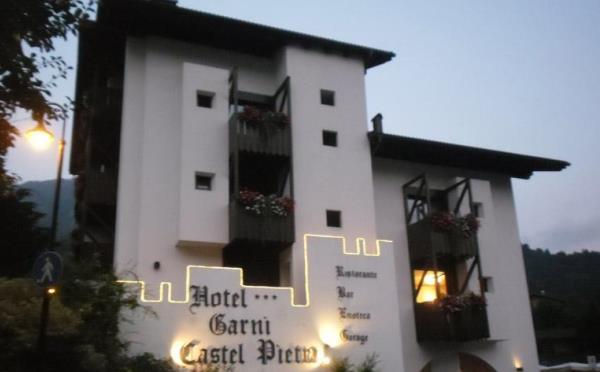 Hotel-Castel-Pietra-Transacqua-esterno3