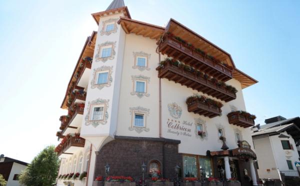 Hotel-Colbricon-San-Martino-esterno