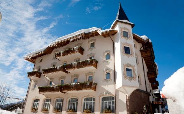 Hotel-Colbricon-San-Martino-esterno3