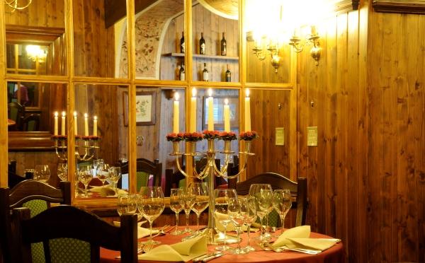 Hotel-Des-Alpes-San-Martino-allestimento-tavoli