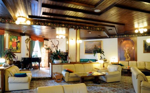 Hotel-Des-Alpes-San-Martino-spazi-comuni