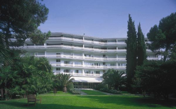 Hotel-Du-Lac-et-Du-Parc-Riva-del-Garda-esterno
