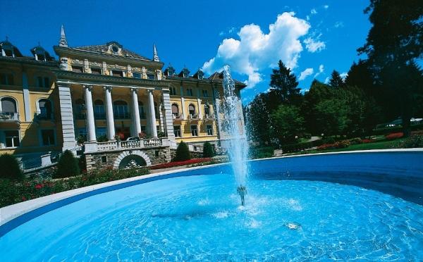 Hotel-Imperial-Levico-Terme-fontana