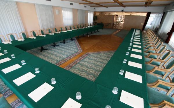 Hotel-Imperial-Levico-Terme-sala-conferenze