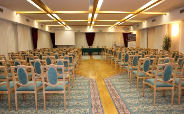 Hotel-Imperial-Levico-Terme-sala-meeting2