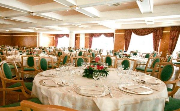 Hotel-Imperial-Levico-Terme-sala-ristorante