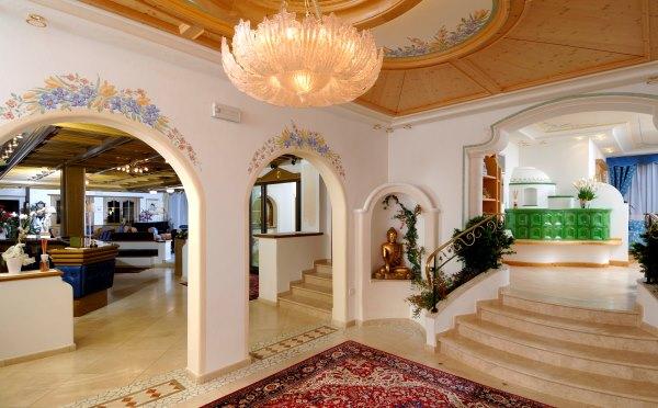 Hotel-Kristiania-Cogolo-di-Peio-interno