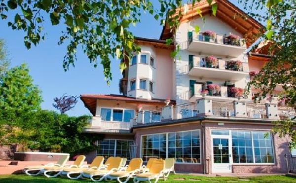 Hotel-Lagorai-Cavalese-giardino