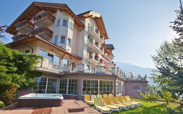 Hotel-Lagorai-Cavalese-giardino2