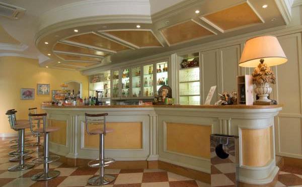 Hotel-Liberty-Riva-del-Garda-bar