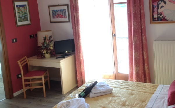Hotel-Lido-Ledro-camera2